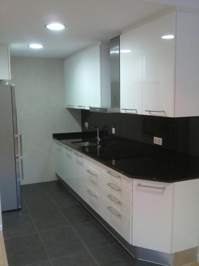 Oferta precio reforma integral de piso en barcelona - Precio reforma cocina completa ...