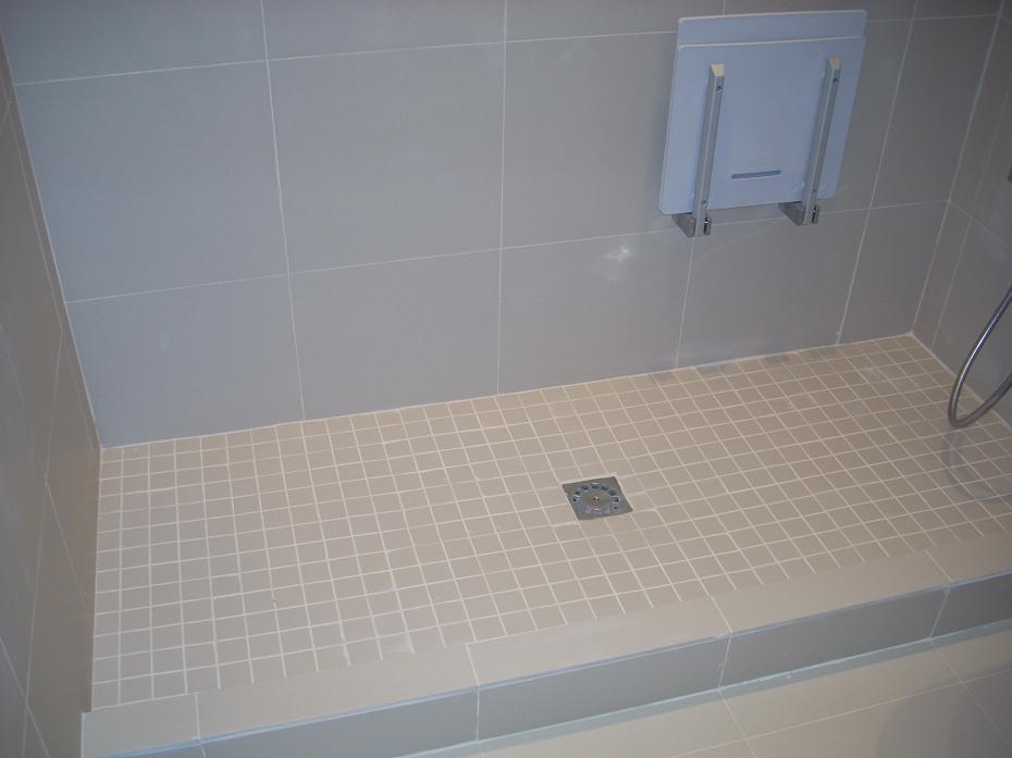Baldosas Baño Pequeno: baño y la cocina, lo más recomendable es instalar suelo de baldosa