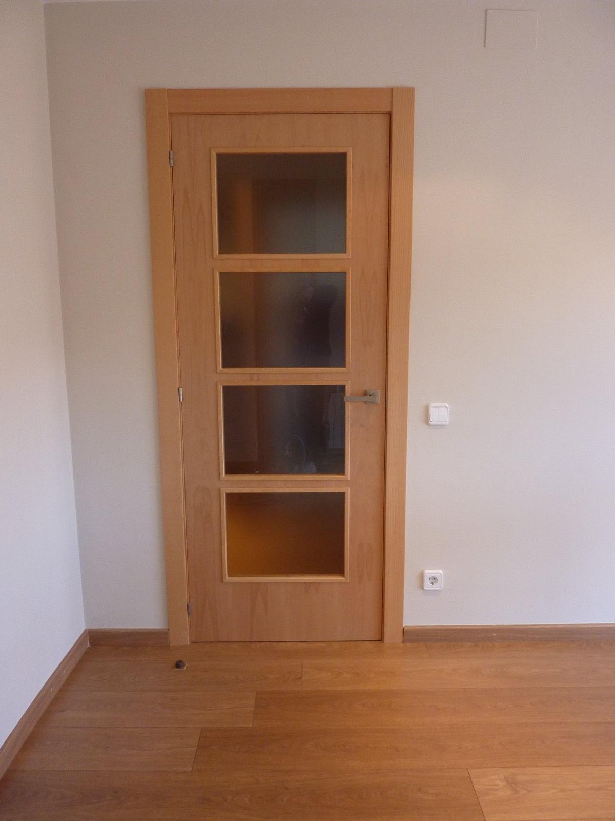 Presupuesto reforma piso 62m2 - Instalacion puerta corredera ...